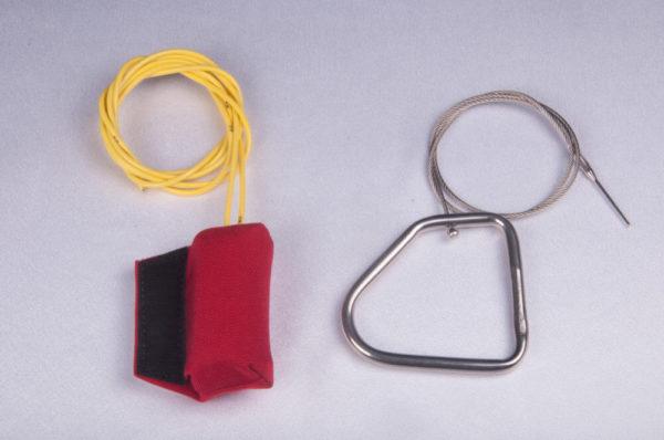 Cutaway Handle and Metal Reserve Ripcord