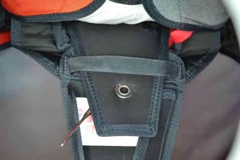 Thread the pull-up cord through the grommet in the No. 6 flap. 3a748e13731a6